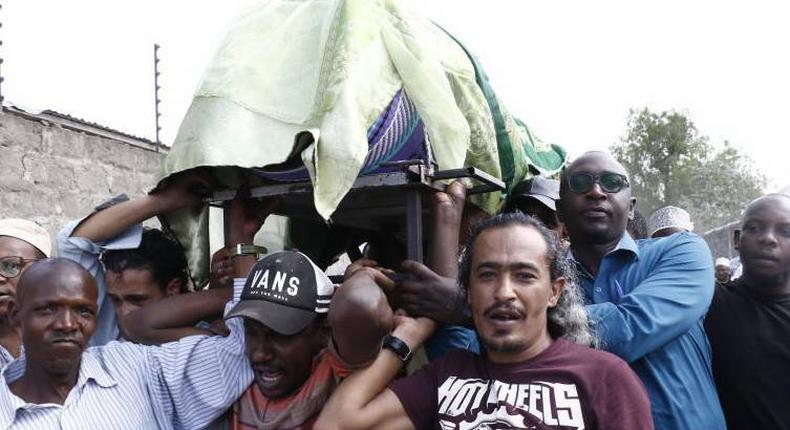 Mourners transporting the body of Nakuru businessman Said Abdallah Azubedi