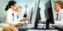 Pracujesz przy komputerze? Uważaj na swoje nadgarstki