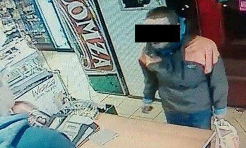 19-latek kradł puszki na datki
