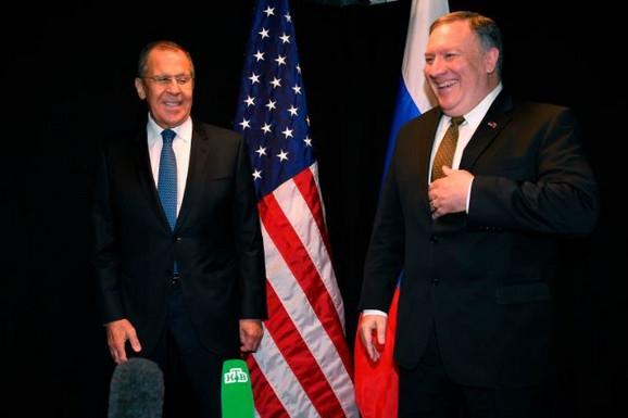 Sergej Lavrov i Majkl Pompeo