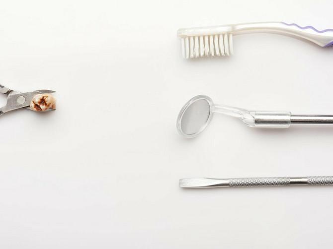 Koliko imate VEŠTAČKIH ZUBA? Ako je više od OVE BROJKE, prete vam TRI OPASNE BOLESTI