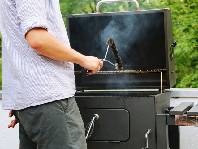 Četka za čišćenje roštilja