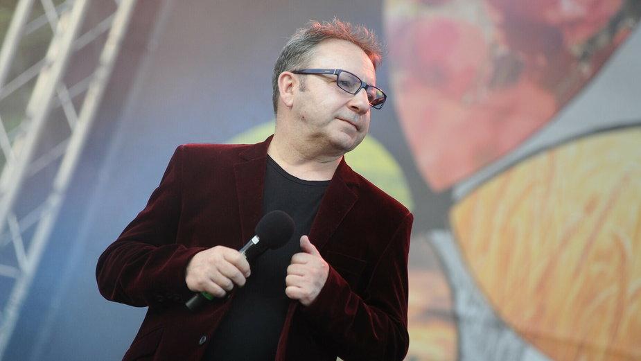 Zbigniew Zamachowski podczas koncertu Pieśni o Szczęściu (2021)