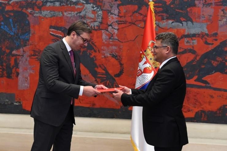 Aleksandar Vučić, Tomaš Kuhte, Češka, ambasador