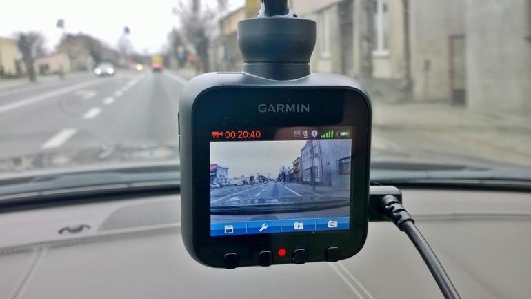 Jak wybrać dobrą kamerę do samochodu?