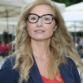 """Joanna Brodzik jako """"okularnica"""". Co sądzicie?"""