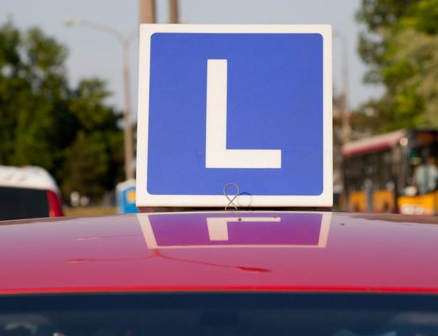 Chodziło o gminny ośrodek ruchu drogowego zajmujący się szkoleniem kierowców i przeprowadzaniem egzaminów na prawo jazdy.