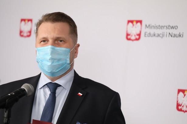 Minister Czarnek będzie musiał jednym zabrać pieniądze, aby dać innym - mówi wiceprzewodniczący ZNP