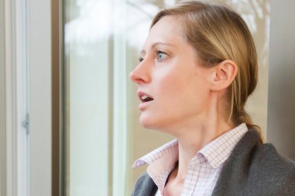 Kako prepoznati i kako reagovati kada vam se dogodi PANIČNI NAPAD