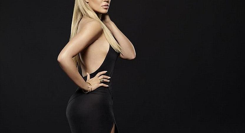 Khloe Kardashian gives no f*** about a nip slip!