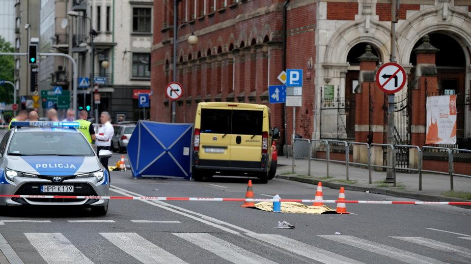 Katowice: do śmiertelnego wypadku doszło w sobotę rano u zbiegu ulic Mickiewicza i Stawowej