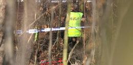 Martwy 36-latek znaleziony w lesie. Wywieźli go tam policjanci