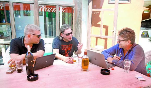 Kreativni proces: Kecmanović, Stojiljković i Bjelogrlić na mestu gde nastaje scenario