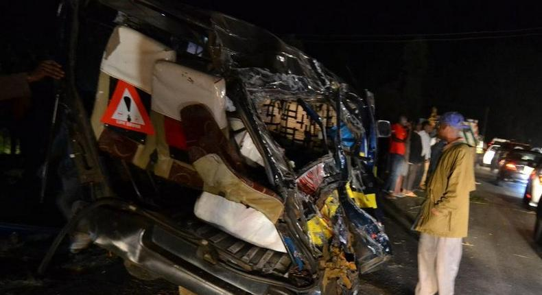 4 dead, several injured in grisly accident