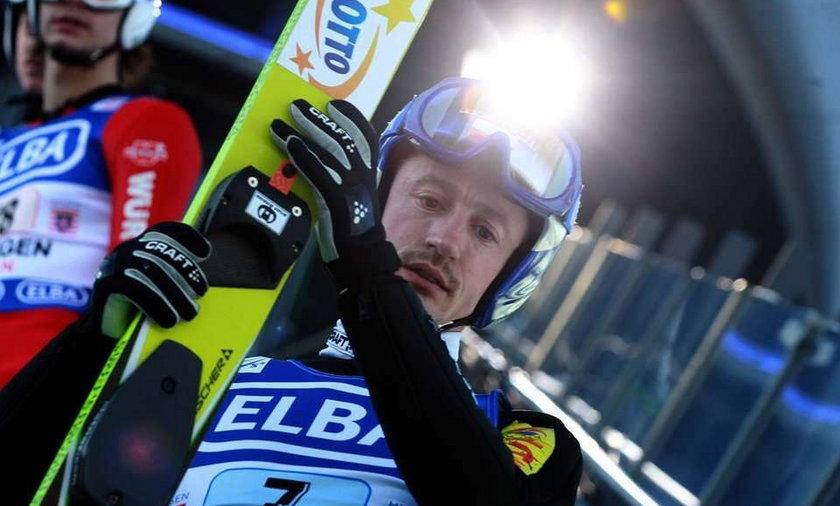 Kamil Stoch dużo odpoczywa, Adam Małysz chce jak najwięcej skakać