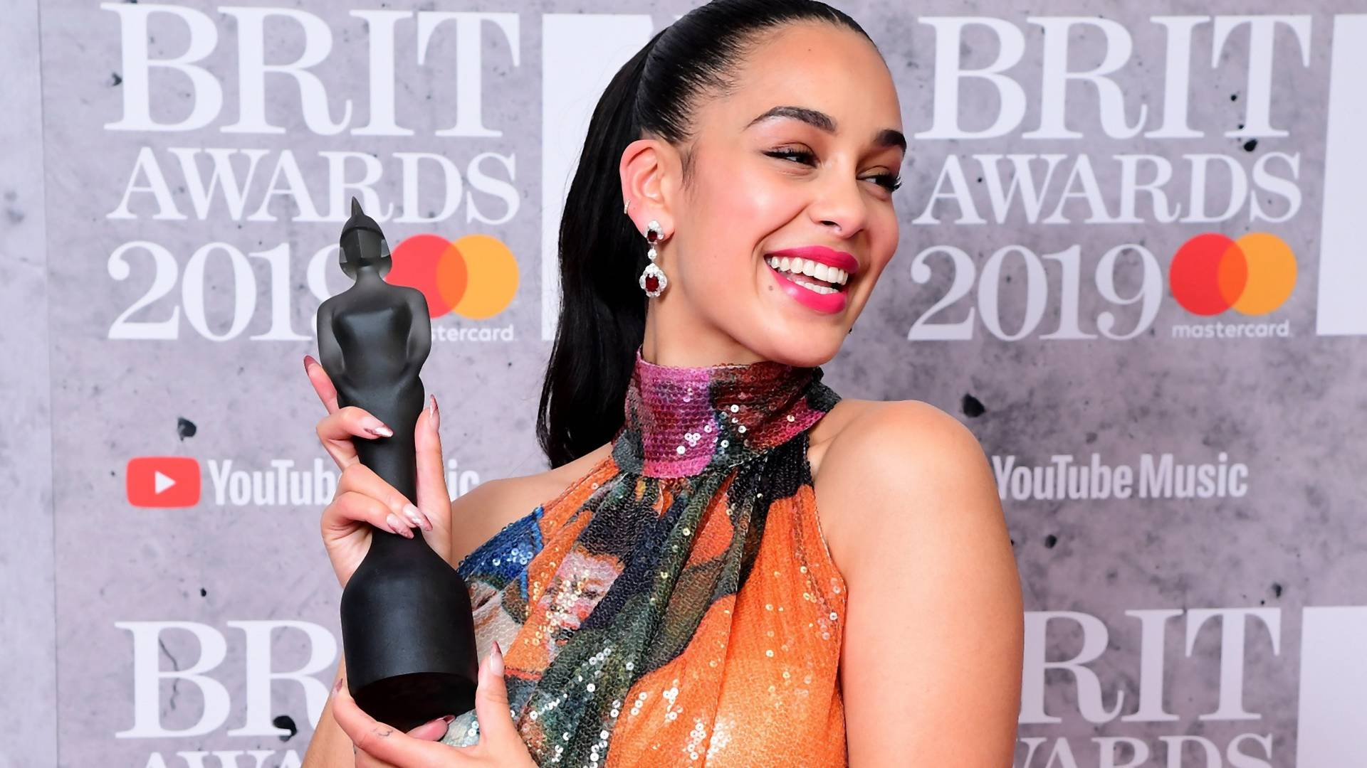 The 1975, Ariana Grande, Jorja Smith: Das sind die Gewinner der BRIT Awards 2019