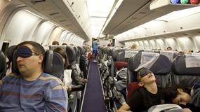 Śpiące dziecko zostało w samolocie. Rodzice myśleli, że spotkają się, odbierając bagaż