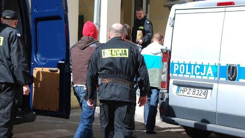 Pijani aktorzy zaatakowali policjantów w samym centrum Warszawy