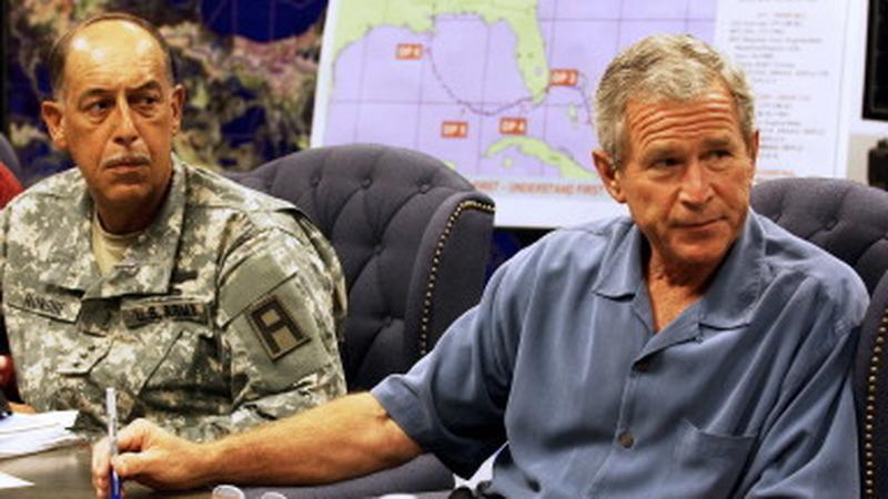 US-WEATHER-KATRINA-BUSH-MEETING