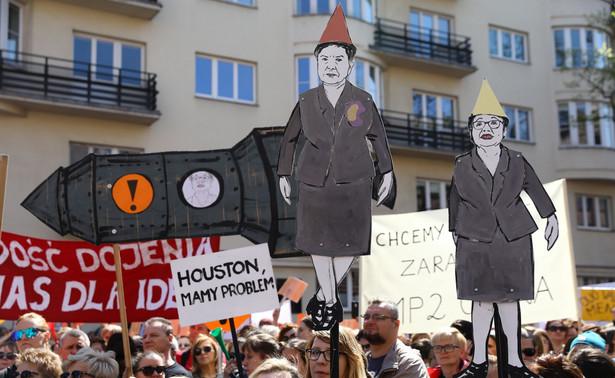 Manifestacja nauczycieli