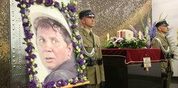 Wzruszające słowa na pogrzebie Kłosowskiego: Na dwa dni przed śmiercią przytomnie recytował piękne liryki dla żony