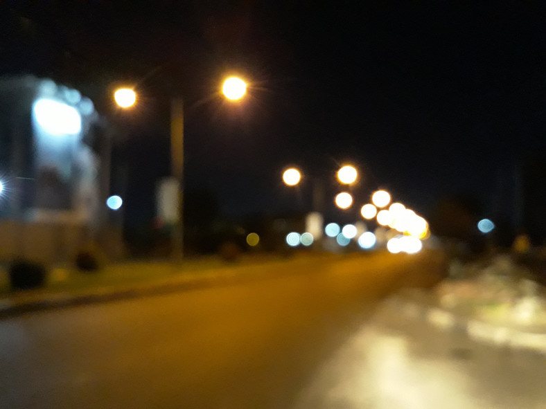 Lagos' streets have gone empty at night as coronavirus cases in the state increase (Pulse)
