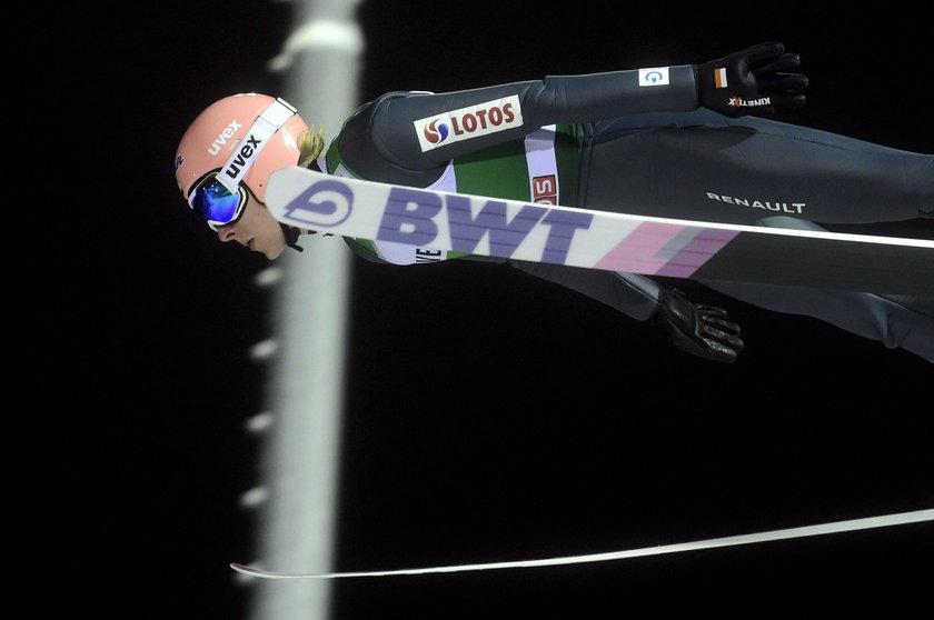 Trzech Polaków jest w czołowej dziesiątce Pucharu Świata w skokach narciarskich, ale żaden z nich nie wystąpi w kolejnych konkursach