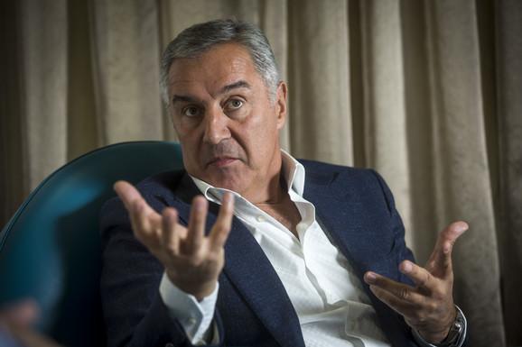 Đukanović je naveo da SPC pokušava da širi ideje velike Srbije