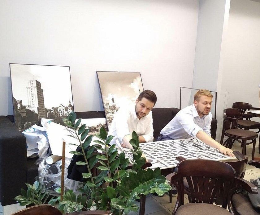 Kandydat PiS otwiera w stolicy kawiarnię