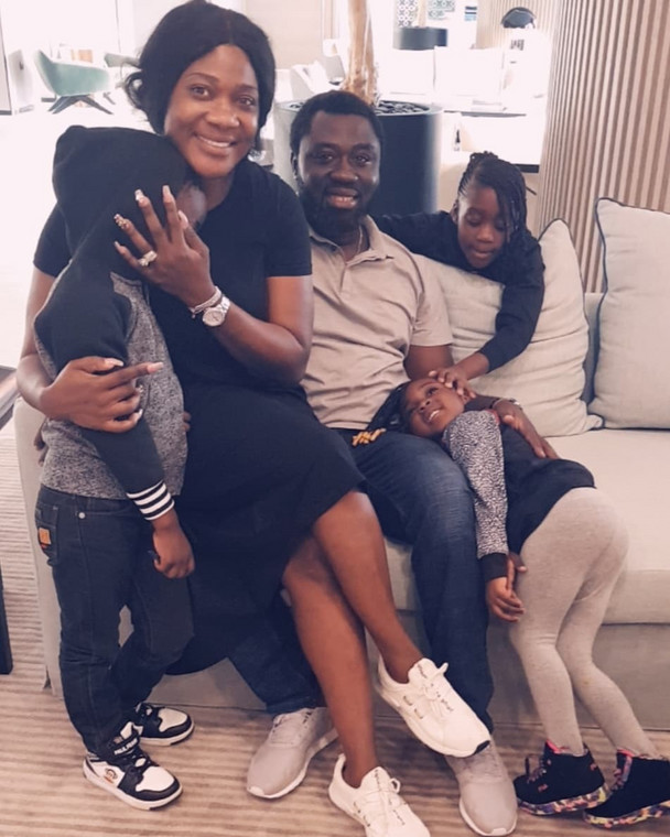 Mercy Johnson-Okojie and her husband, Prince Odi Okojie are celebrating their eighth wedding anniversary today and she can't keep calm about it.[Instagram/MercyJohnsonOkojie]