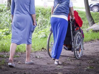 Osoby z niepełnosprawnościami nie poszukują aktywnie pracy. Powody? Pułapka rentowa