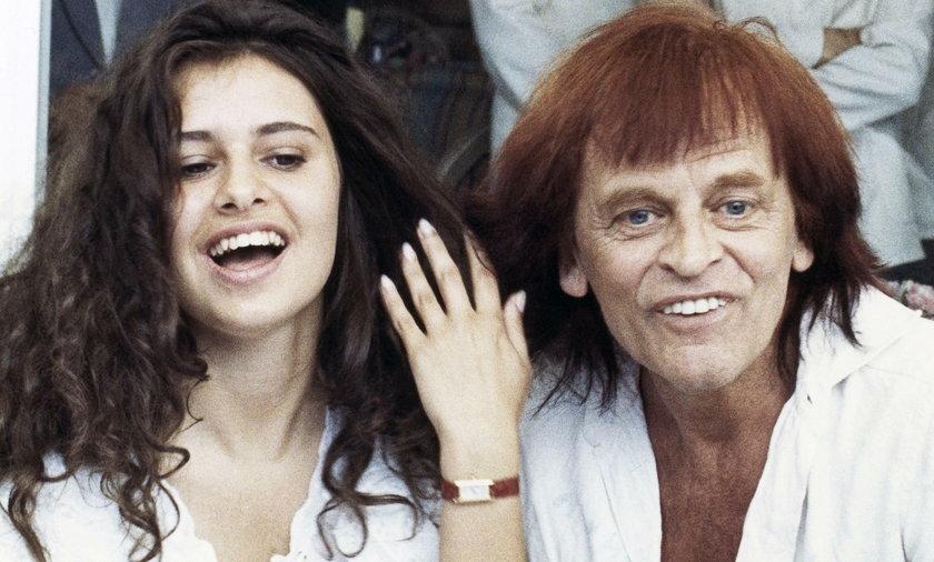 Klaus Kinkski z żoną Deborą Caprioglio