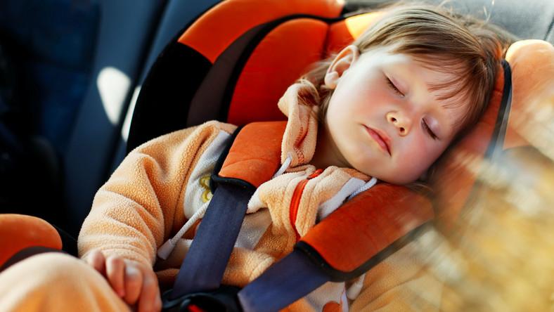 Co zrobić, aby podróż z maluchem była dla wszystkich jak najmniej męcząca?