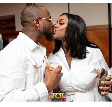 Trust lovers and die-hard fans of this couple as they flooded the comment section of the post to praise them over their goofy and cute love style. [Instagram/TheChefChioma]