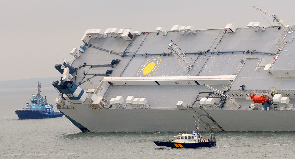 BRITAIN-GERMANY-SHIP-TRANSPORT-ACCIDENT