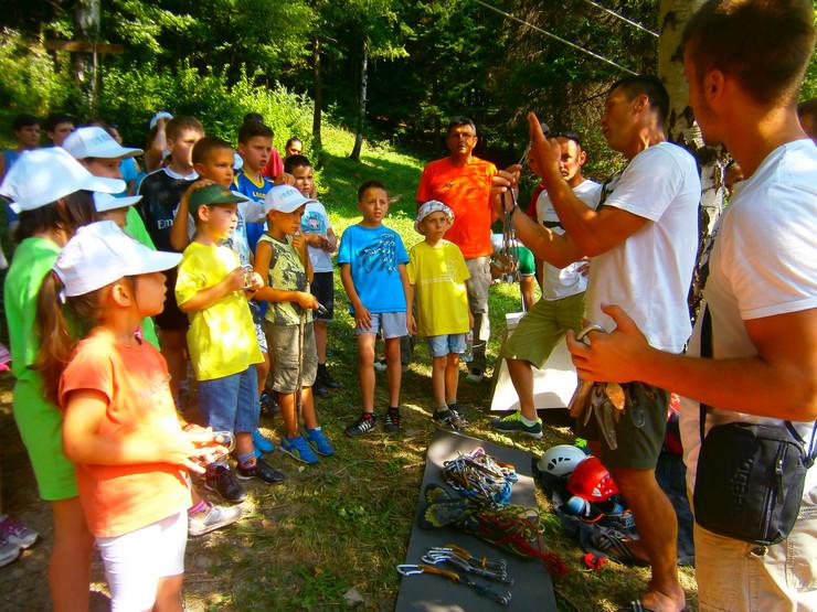 Orijentisanje u prirodi: Deca, roditelji i koordinatori