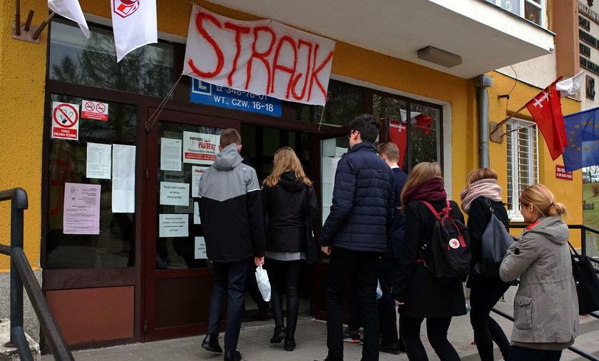 Strajk nauczycieli. Dostali szokujący SMS