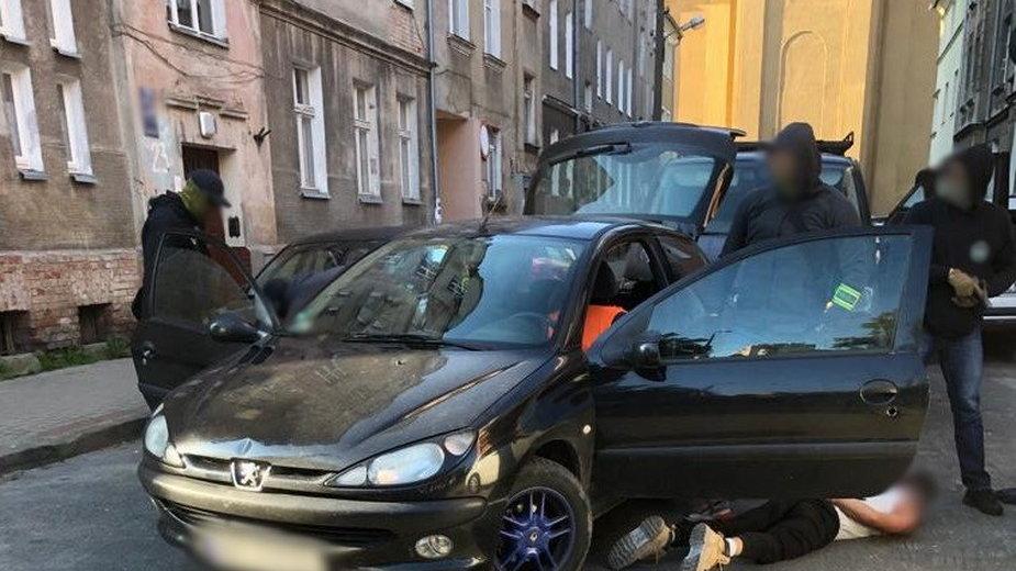 Szczegóły akcji policji na olsztyńskim Zatorzu