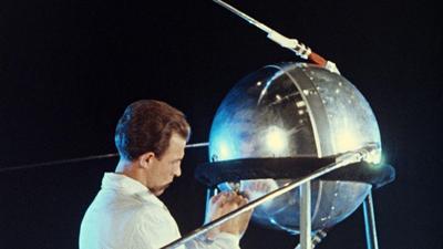 Po 4 października 1957 r. zaczęła się masowa histeria w USA. Sputnik był przełomem w zimnej wojnie