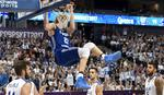 TAKO SE ZAKUCAVA Mladi NBA lavovi mogu moćno da ugrizu /VIDEO/