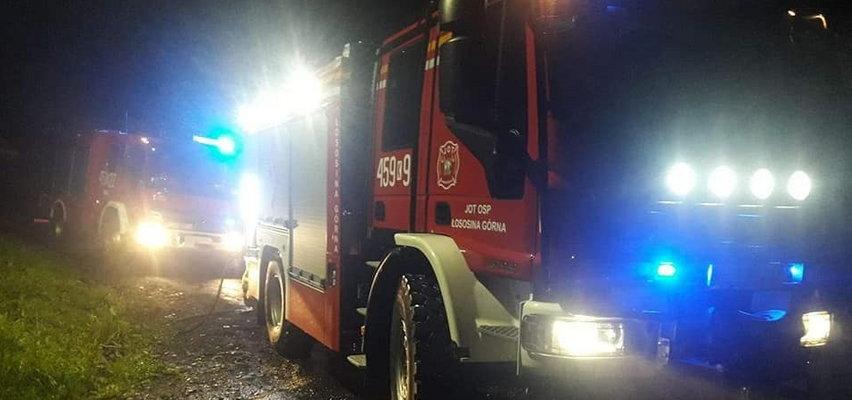 Strażacy zostali wezwani do pożaru na osiedlu romskim. Akcja zakończyła się skandalem!