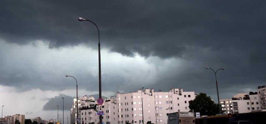 Pogoda na czwartek. To ostatni ciepły dzień w tym roku. IMGW ostrzega przed wichurami i burzami z gradem!