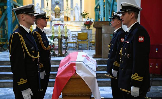 Uroczystości pogrzebowe admirała Józefa Unruga i jego żony Zofii