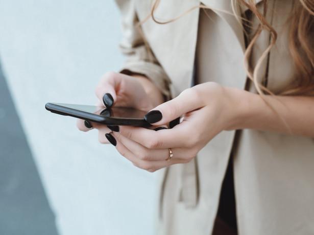 W przypadku użycia kasy programowej paragon od razu może trafić na telefon lub tablet klienta