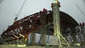 Czarnobyl - budowa nowego sarkofagu nad reaktorem nr 4
