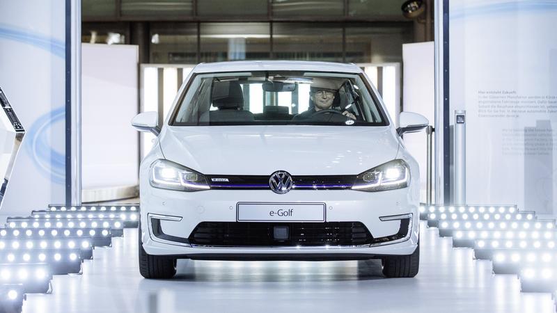 Volkswagen e-Golf ze Szklanej Manufaktury w Dreźnie