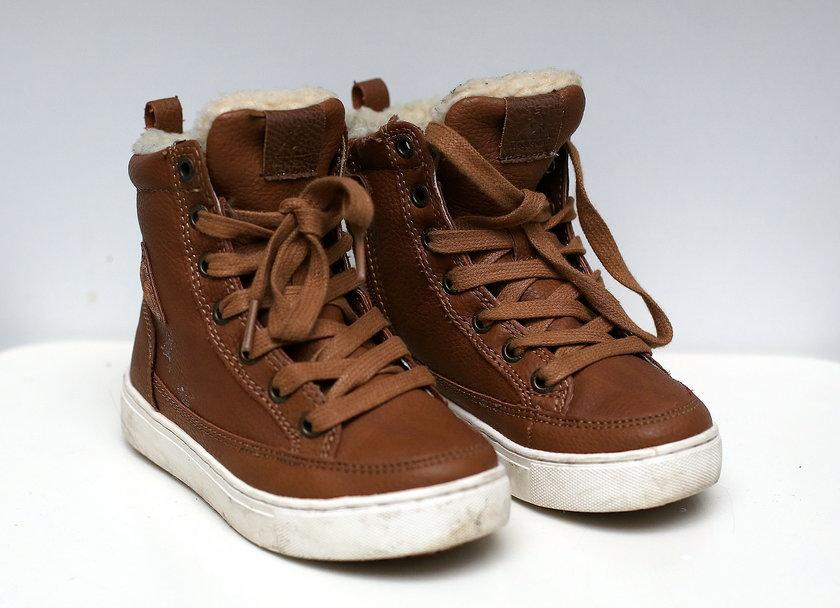 Dodatkowa para butów