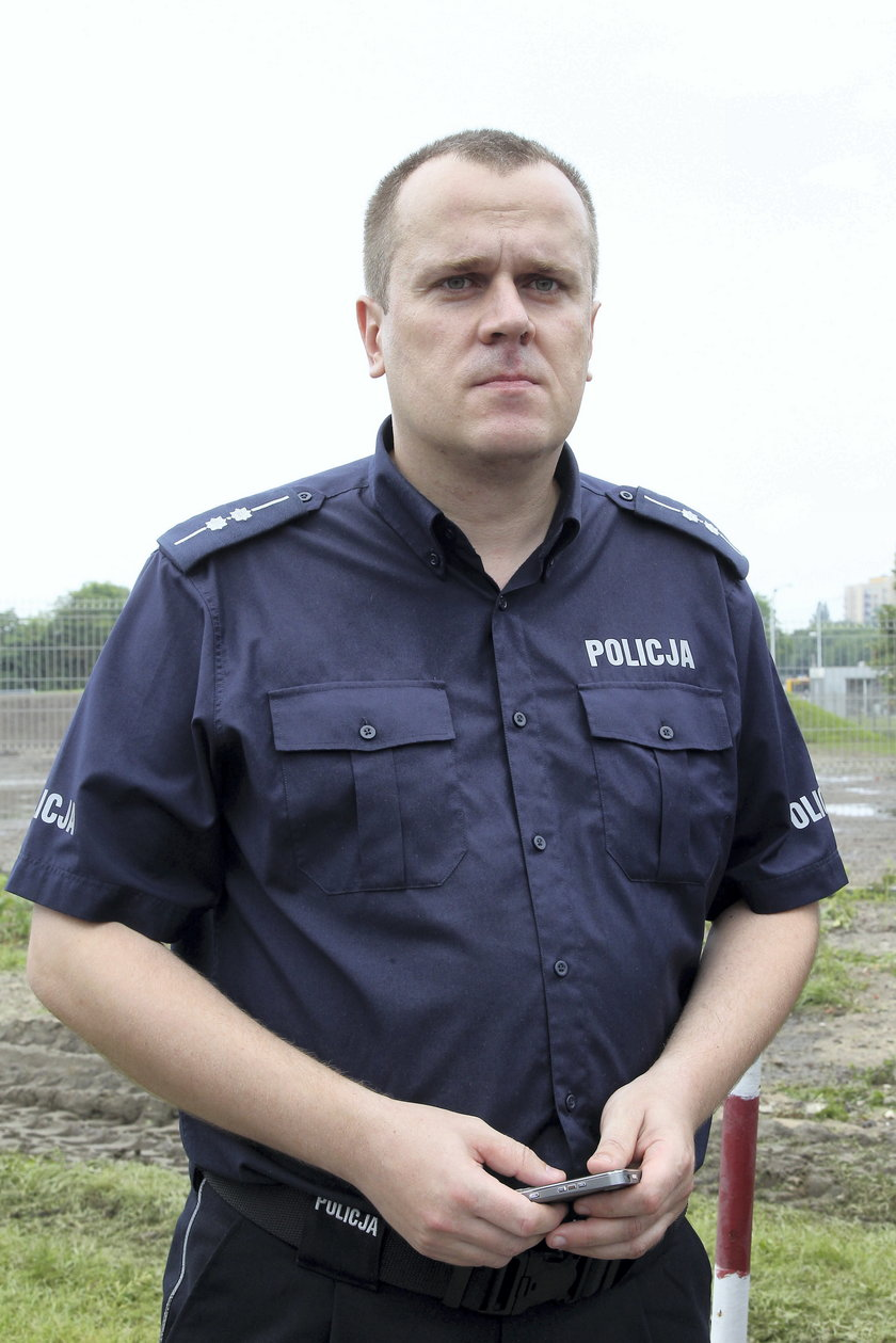 aspirant sztabowy Mariusz Mrozek z Komendy Stołecznej Policji