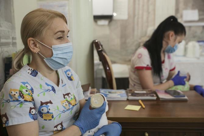 Ilustracija/Prizor iz jedne od klinika za surogat majčinstvo u Ukrajini