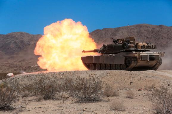 Još 100 američkih tenkova na putu ka ruskoj granici